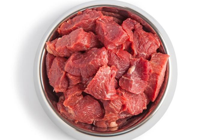 良質な肉を使ったプレミアムドッグフード